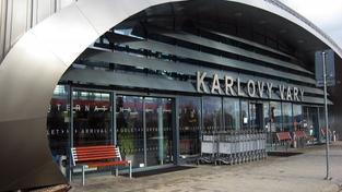 Karlovarskému letišti se daří. Loni odbavilo dosud nejvíce cestujících