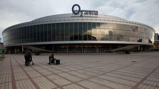 Při stavbě O2 areny bylo navíc vyplaceno 300 milionů