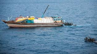 Piráti u afrických břehů zajali řecký tanker. Na palubě je 24 lidí