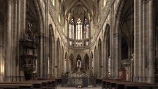 Rusnokova vláda prozatím nevyjme Pražský hrad z církevních restitucí