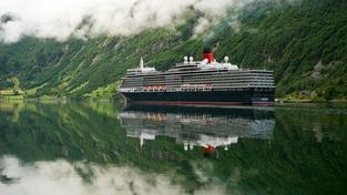 Zkáza lodi Queen Elizabeth