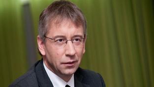 Drábkovi dělá náměstka Jan Dobeš, bratr ministra dopravy