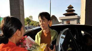Barmská disidentka Su Ťij vyjádřila zármutek nad smrtí Havla