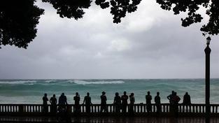Tropická bouře Isaac začala bičovat svými větry Floridu a další státy