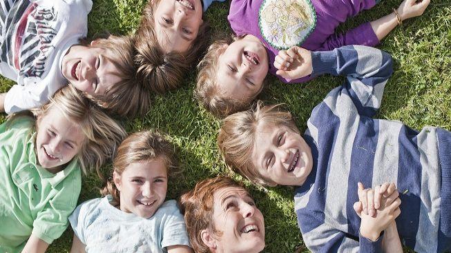 SOS dětské vesničky nabízejí dětem láskyplný domov