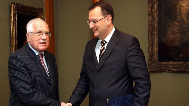 Prezident Klaus přijal demisi ministra kultury Bessera