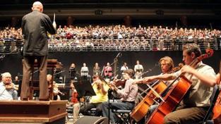 Česká filharmonie cestuje v rámci turné po Číně. Všechny koncerty jsou vyprodány