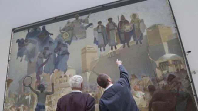 Slovanské epopej už je téměř celá v Praze