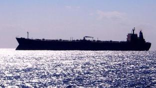 Piráti propustili unesený ropný tanker