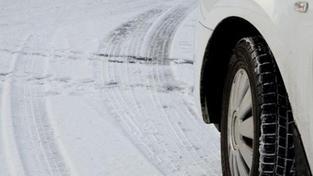 Máte už zimní pneumatiky nebo si koledujete o pokutu?