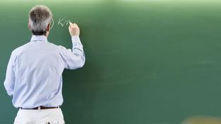 Kvůli nedostatečné kvalifikaci může školství opustit až 7 000 učitelů