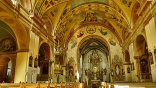 Církve nebudou osvobozeny od daně při prodeji vráceného majetku