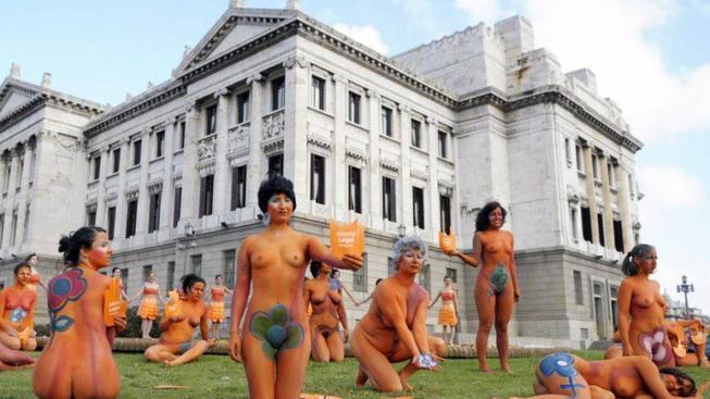 Urugayské ženy podporují legalizaci potratů.