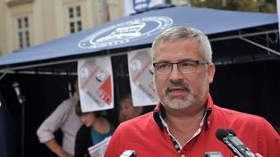Šéf školských odborů František Dobšík