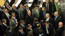Konec královských výsad. Senát schválil zrušení doživotní imunity zákonodárců