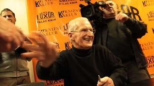 V pražském Paláci knih Luxor se konala autogramiáda Lubomíra Štrougala