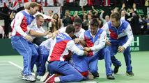 Tenisté porazili Španělsko a po 32 letech vyhráli Davisův pohár