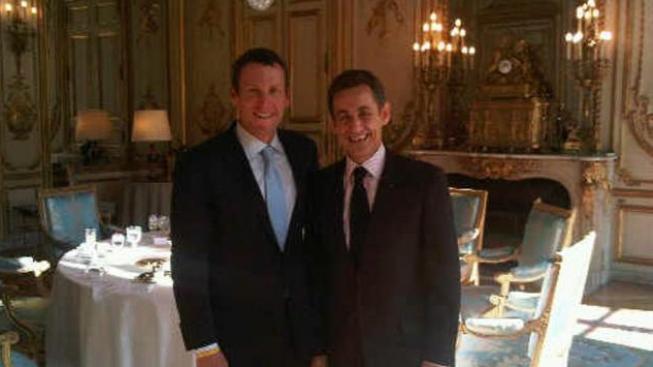 Lance Armstrong s Nicolasem Sarkozym