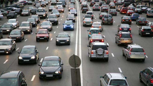 Automobilová doprava (ilustrační foto)