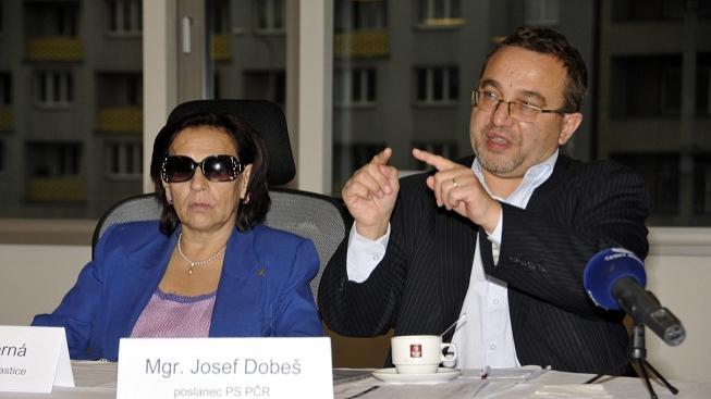 Věra Černá a Josef Dobeš