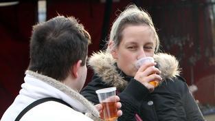 Alkohol na vánočních trzích