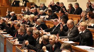 Senát při hlasování.