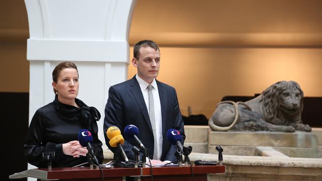 Karolína Peake a Viktor Paggio.