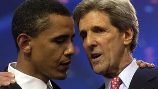 Barack Obama a John Kerry.