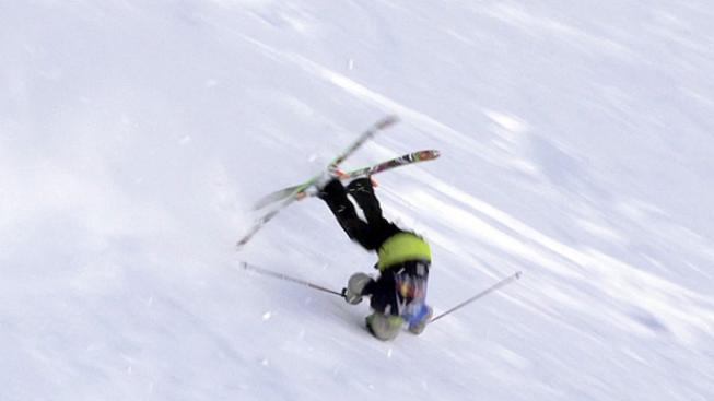 Pád lyžaře (ilustrační foto)