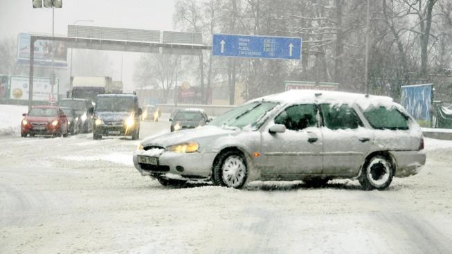 Dopravu komplikuje sněžení