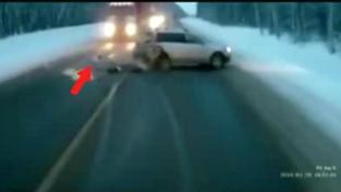 Dítě vypadlo z auta