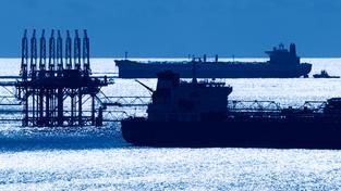 Tankery na volném moři (ilustrační foto)