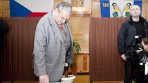 Schwarzenberg netrpělivě čeká v Lucerně na výsledky voleb