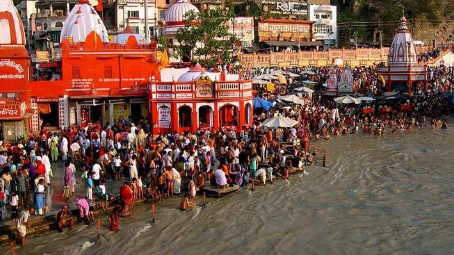 Koupání v řece Ganze