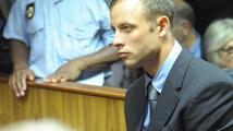 Invalidní vrah Pistorius zůstává za mřížemi. Soud o kauci nerozhodl