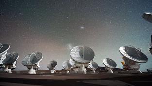 Observatoř ALMA v Chilské poušti Atacama.
