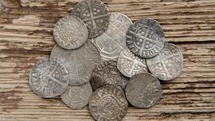 Stříbrné mince (ilustrační foto)