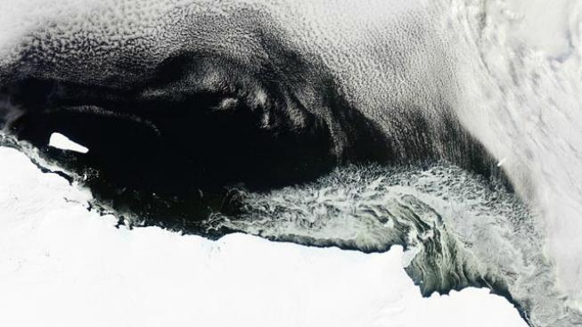 Satelitní záběry z Antarktidy