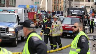 Otec atentátníků z Bostonu je v nemocnici, cestu do USA odkládá