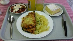 Oběd v menze UK