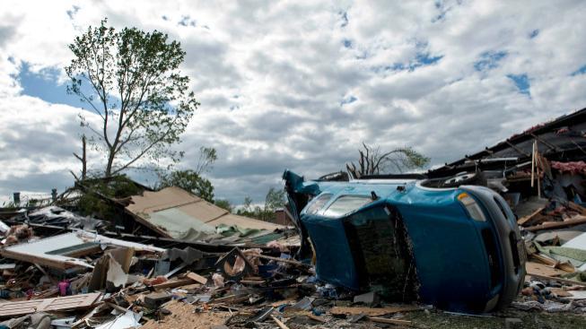 Spoušť po tornádu v Oklahomě