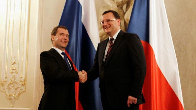 Medveděv a Nečas
