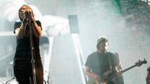 Portishead se večer pokusí hudebně začarovat Prahu