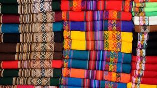 Tradiční peruánské tkaniny