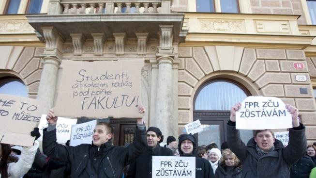 Studenti plzeňských práv