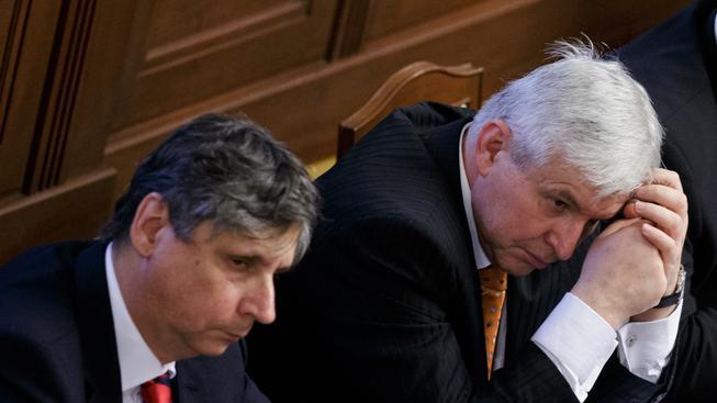Jan Fischer a Jiří Rusnok nedostali důvěru
