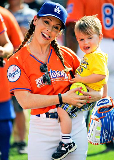Alyssa Milano a její synek Milo