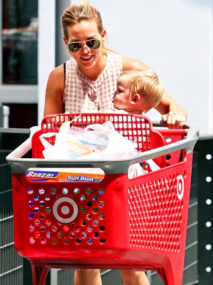 Hilary Duff a syn Luca