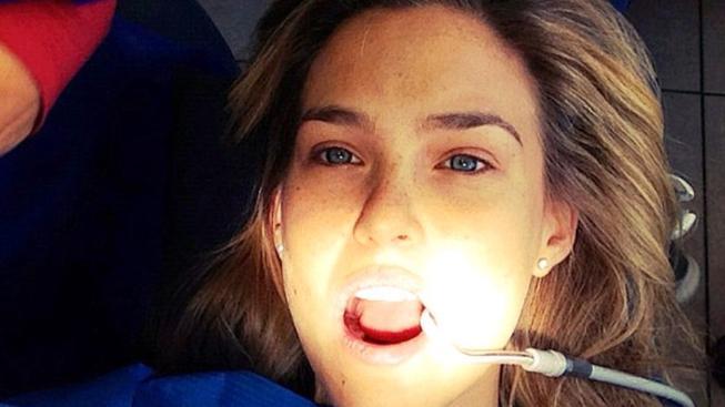 Bar Refaeli u zubaře
