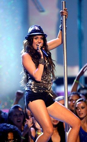 Miley C., rok 2009